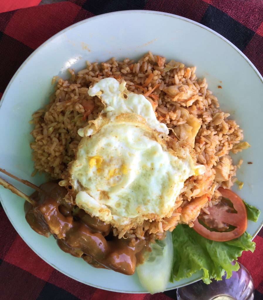 This is the chicken version of nasi goreng with delicious chicken satay. Had this food at one of the rooftop restaurants in Tanah Lot.