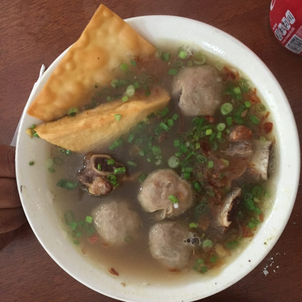 Bakso with beef muscle meatballs, ribs and tofu at Borneo 8 in Ubud