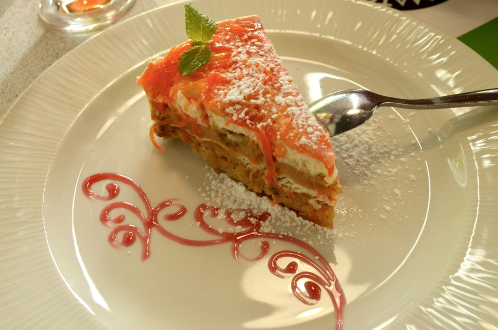 Very mediocre carrot cake|Tomato & Basilico|Dubai Silicon Oasis
