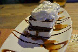 Ice cream sandwich | Original Wings & Rings DIFC