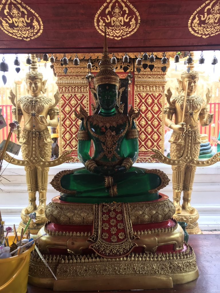 Ogle at the Emerald Buddha at Wat Phra Doi Suthep | 5 day Chiang Mai itinerary